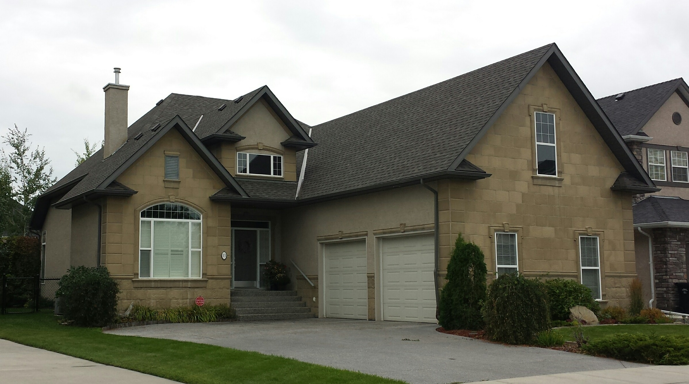 Re Roofing Calgary Amp Image