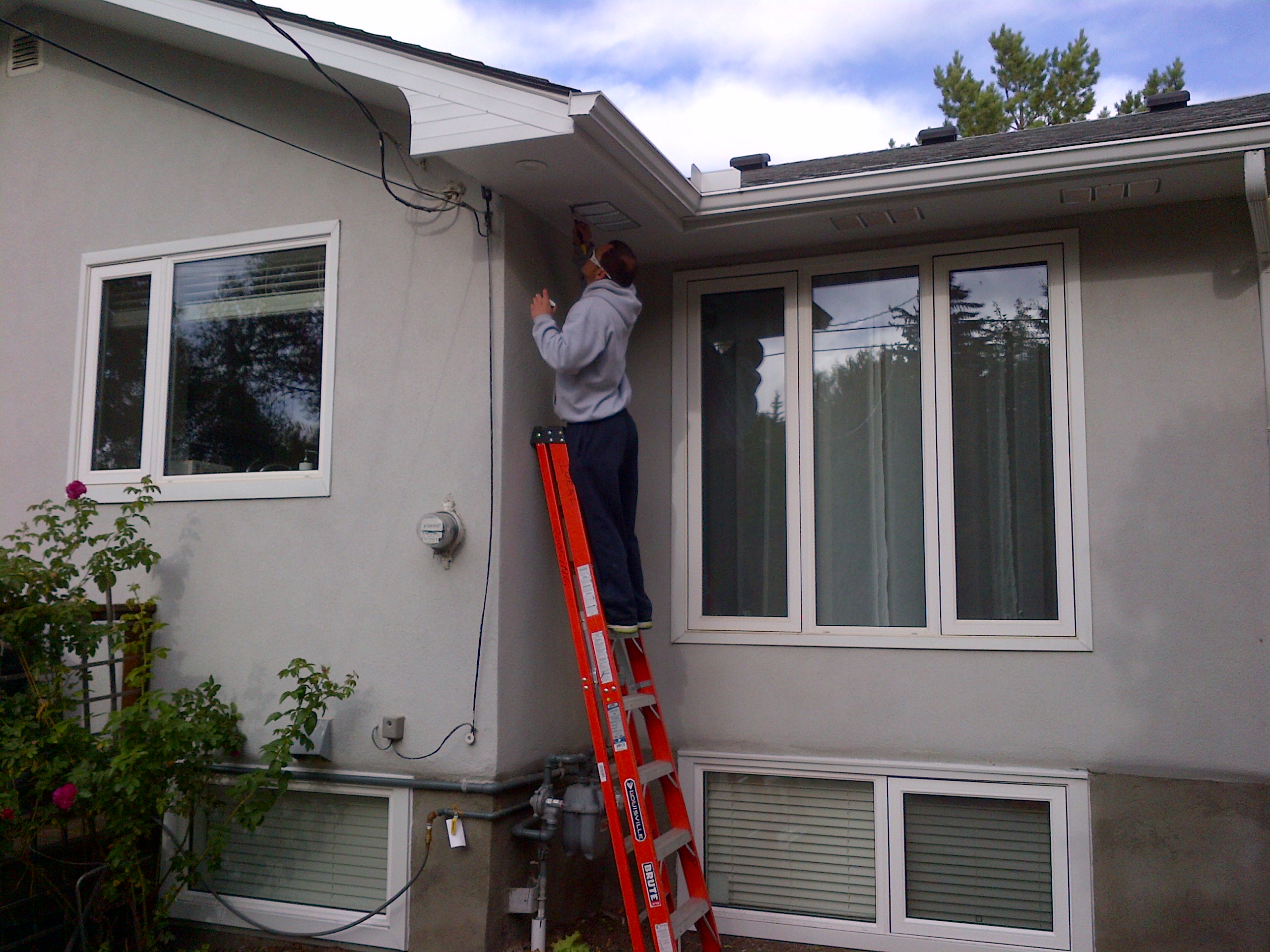 installing milled aluminum soffit vents