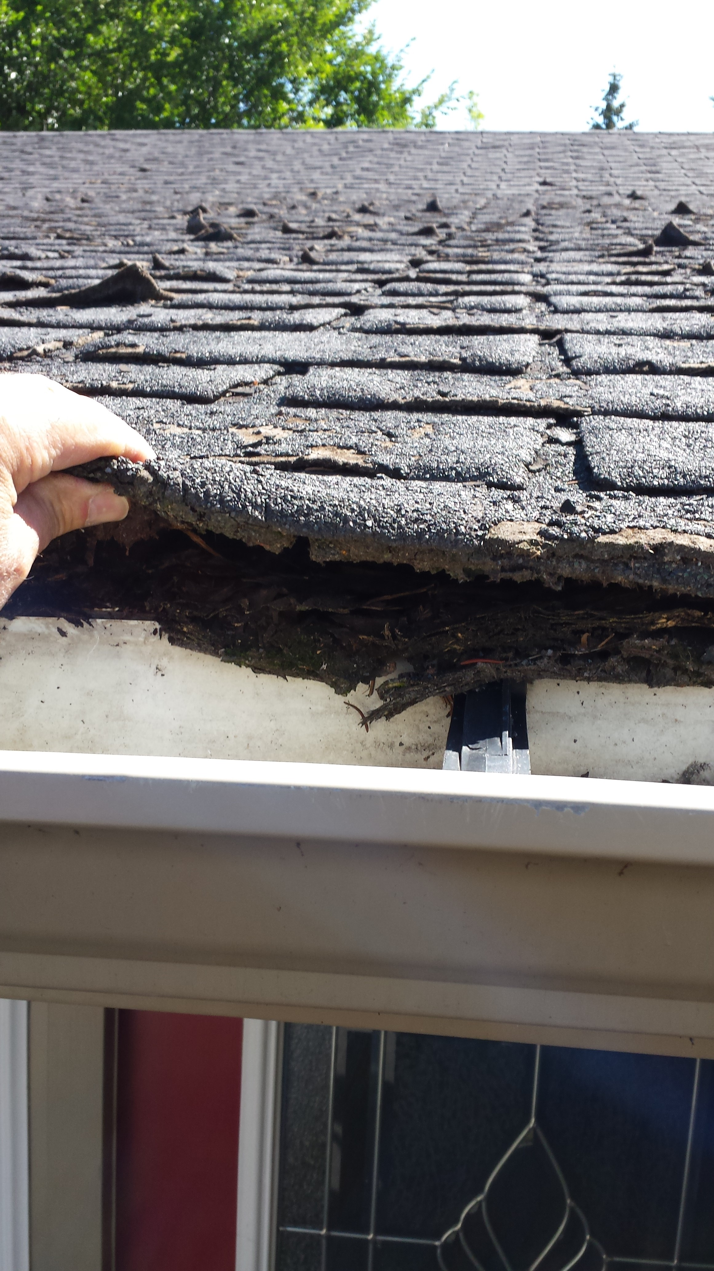 the absence of drip flashing can lead to water penetration and damage to wood substrate